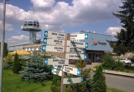 zamek-rydzyna-lotnisko_full